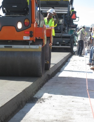 APPLICATION OF ROLLER COMPACTED CONCRETE (RCC)